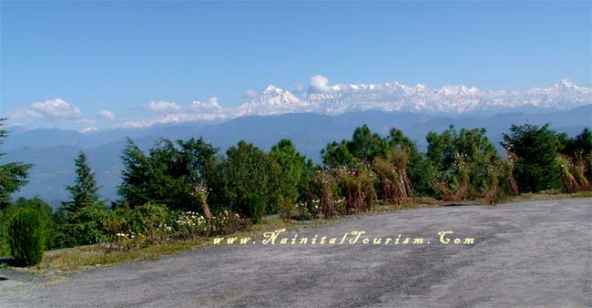 Kausani Offers A 350 Km View Of The Himalayan Peaks Like Trisul, Nanda Devi And Panchchuli.